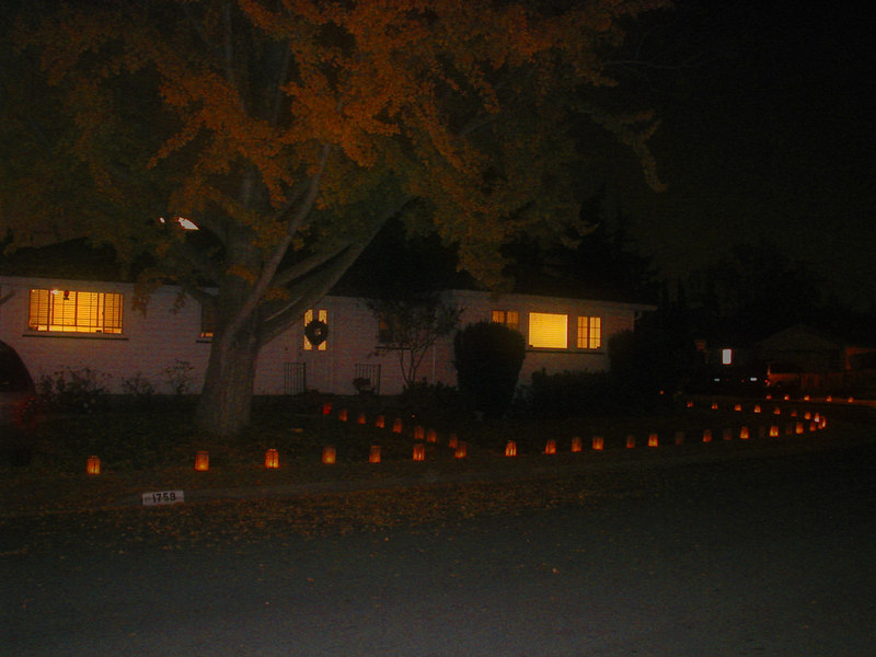 Our old house on Cherrytree - all set about with luminarias.
