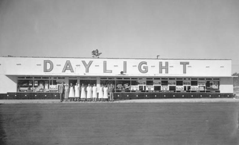 Grocery - Daylight.jpg