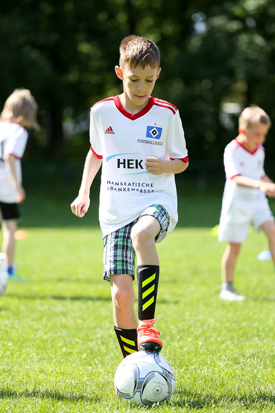 hsv_fussballschule-062_48047987793_o.jpg