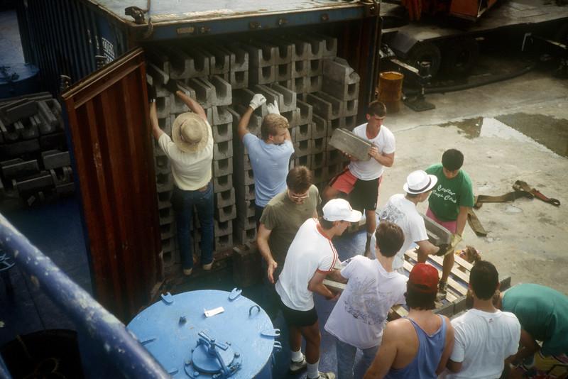 1989 Roatan Honduras Mission Trip-0013.jpg