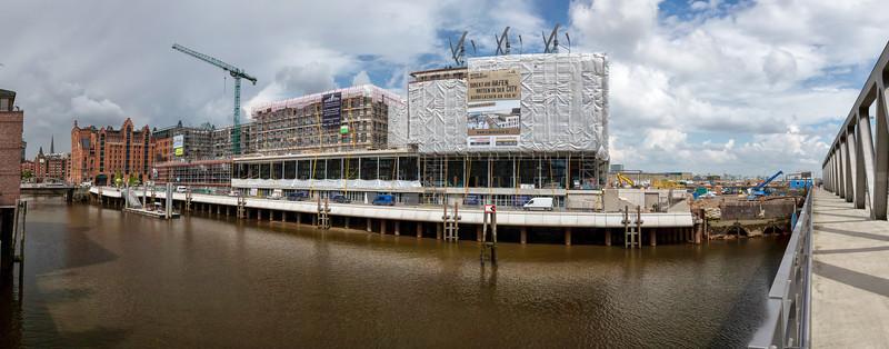 Am Magdeburger Hafen in der Hafencity