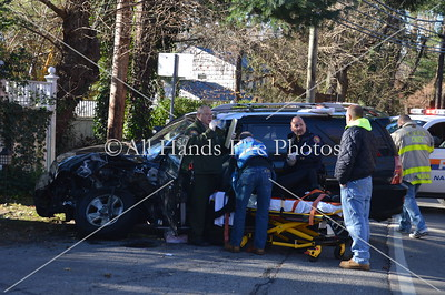 20131123 - Locust Valley - Motor Vehicle Accident