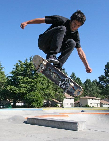 Skateboarding 0965.jpg