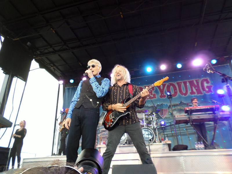 Dennis DeYoung at Gratwick Park - August 24, 2014