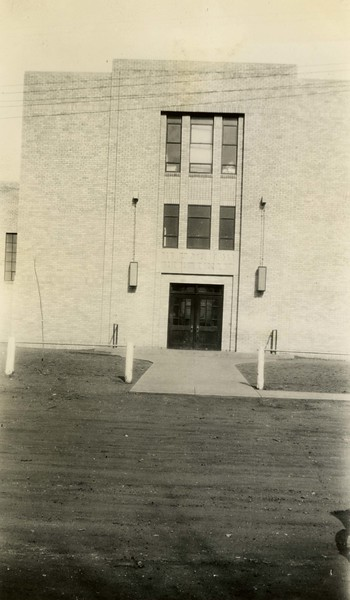 JB037.  Arthur High School – 1934.jpg