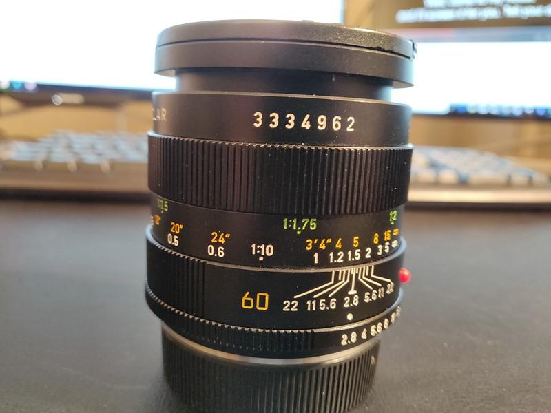 Leica R 60mm 2.8 Macro-Elmarit - Serial 3334962 001.jpg