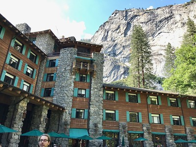 05-02 Majestic Hotel Area