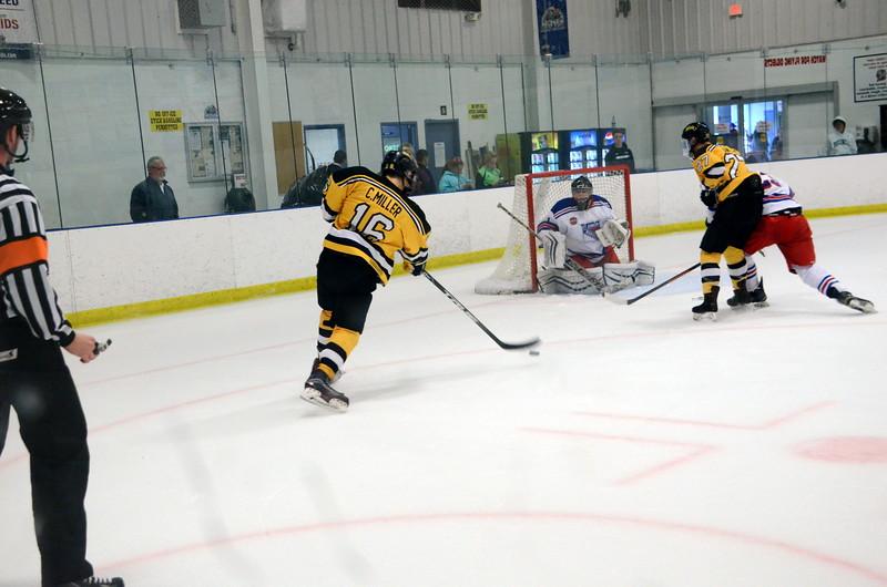 171007 Junior Bruins Hockey-154.JPG