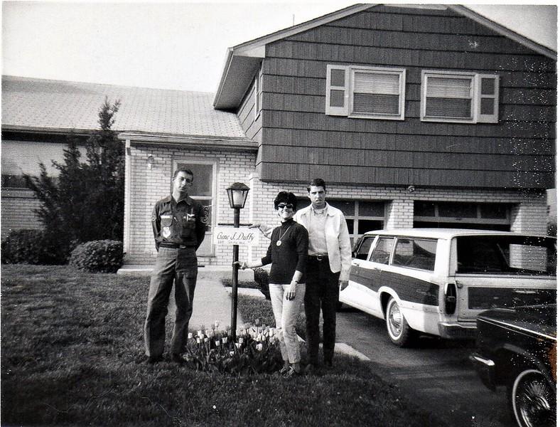 Al, mom & Dennis.jpg