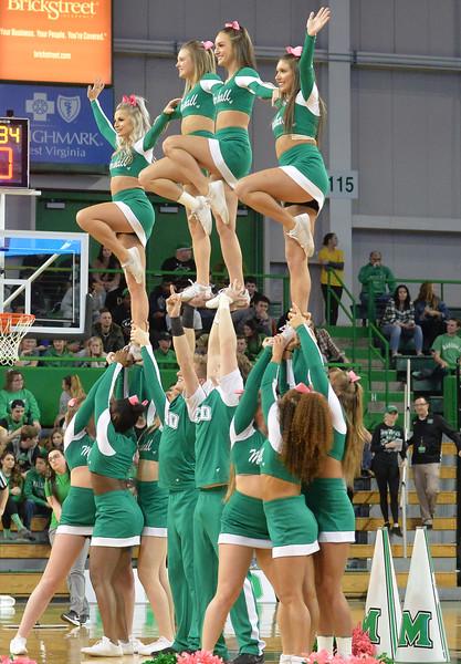 cheerleaders2950.jpg