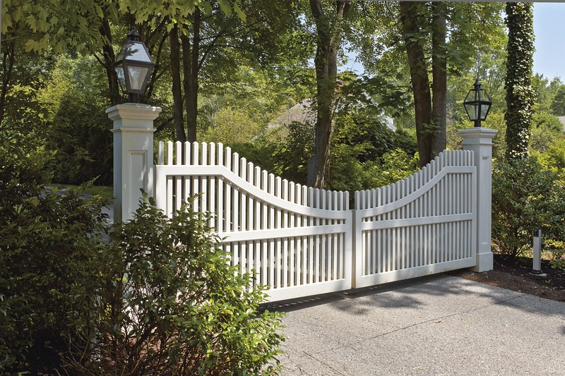 309889 - Darien CT - Chestnut Hill Steel Framed Gate