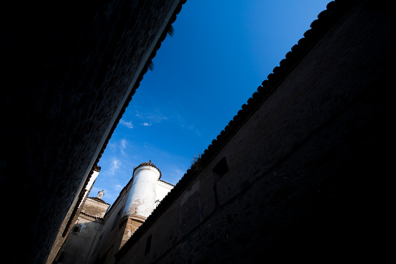 Narrow street, town of Plasencia, province of Caceres, autonomous community of Extremadura, western Spain