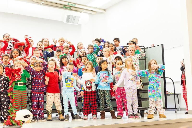 Christmas First Grade-103.jpg