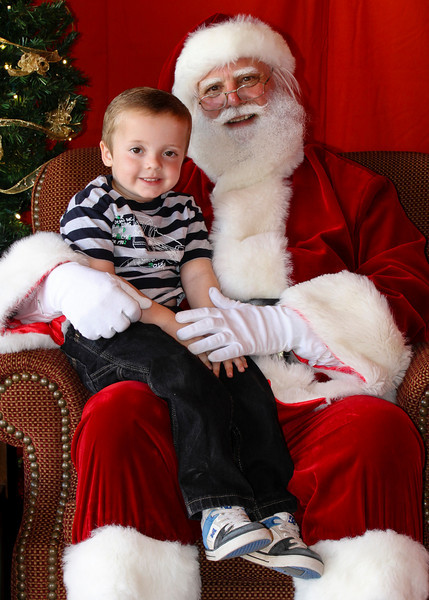 Santa Clause 11DEC2010-375Master.JPG