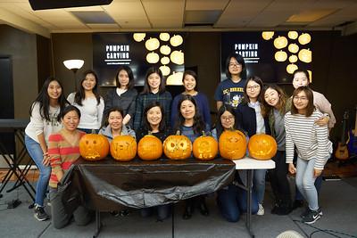 2018-10-31 Pumpkin carving