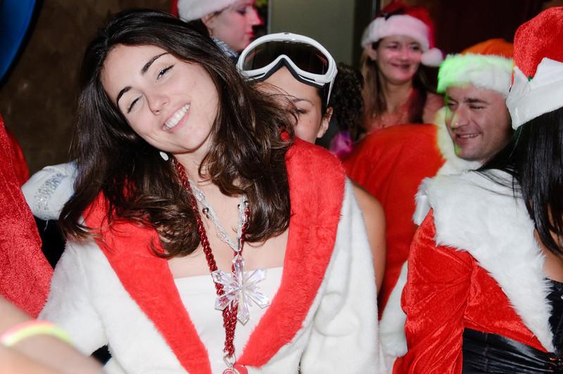 2009 ALS Santa Crawl-170.jpg