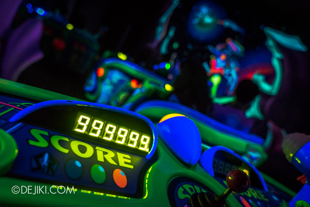 Hong Kong Disneyland Buzz Lightyear Astro Blasters Last Mission - Max Score 999,999