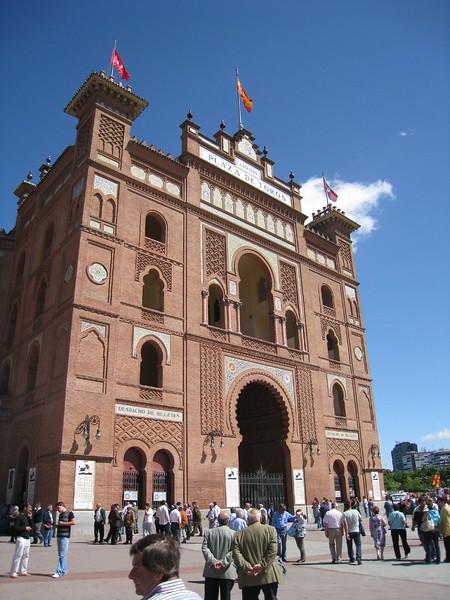 Plaza de toros front