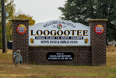 Loogootee, Indiana