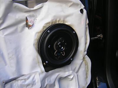 2003 Honda CR-V EX Rear Door Speaker Installation - USA