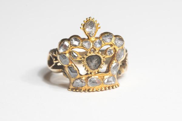 Isabel's Ring