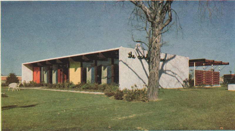 Front view of Loft's Candy Garden that was located on the middle island of Route 22 where Wendy's is currently located. This was taken before the big sign was installed on the roof. Here is the history of Lofts: http://www.brandnamecooking.com/loftcandy.html