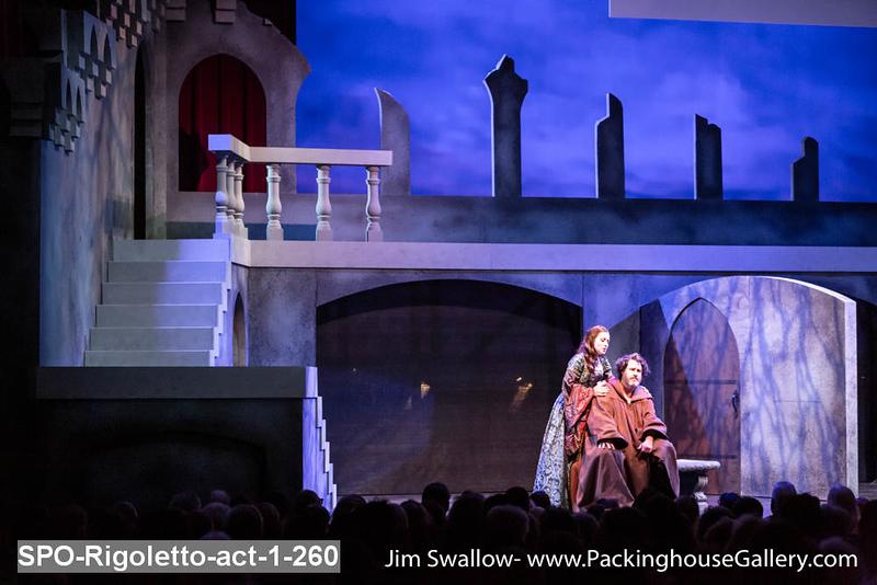 SPO-Rigoletto-act-1-260.jpg
