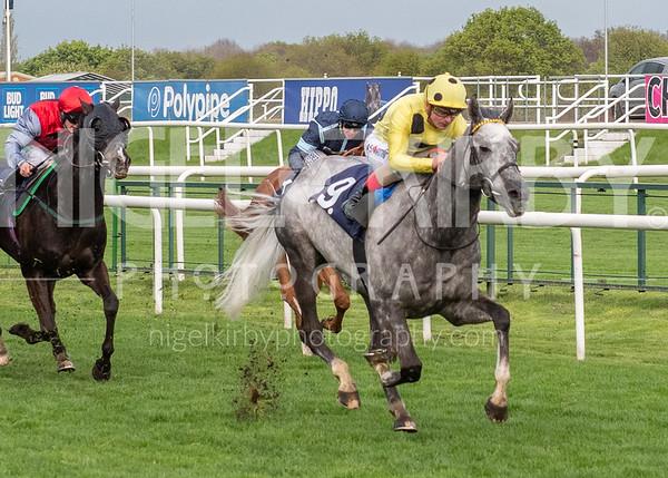 Doncaster Races - Sat 27 April 2019