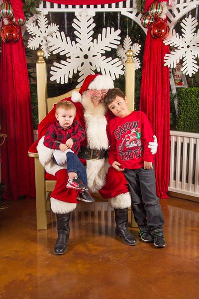 Santa 12-16-17-107.jpg