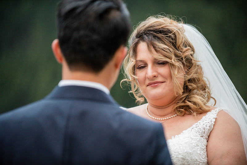 WeddingDay0069-750_4064.jpg