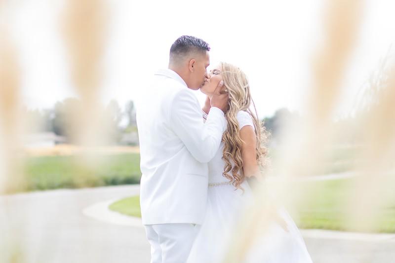 Farmer Wedding Social Media Pictures-16.jpg