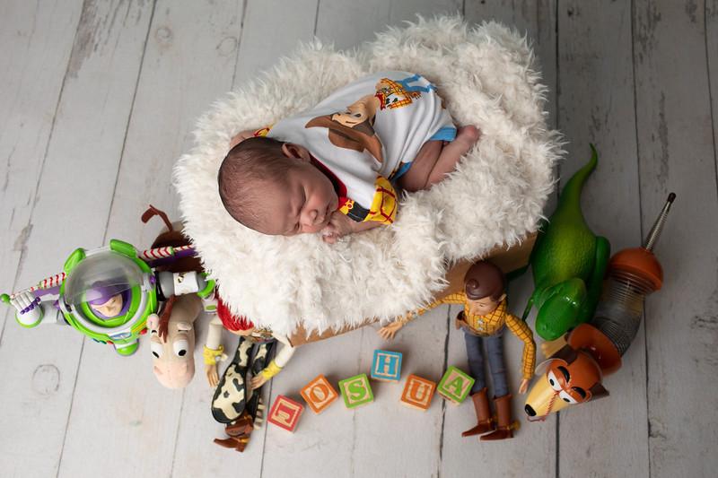 Baby Joshua-27.jpg