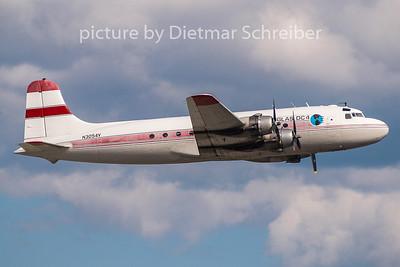 N3054V Douglas DC4