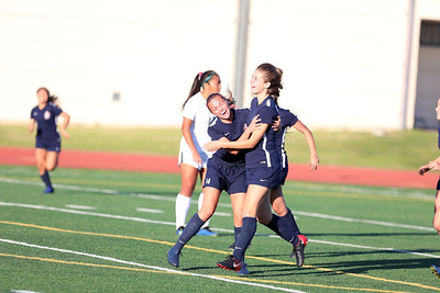 Beckman Girls Soccer Varsity Best of the West 12.08.18