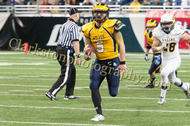 2014 Clarkston Varsity Football vs. Saline 557.jpg