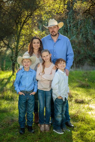 01-06 Savannah's Family-1723.jpg