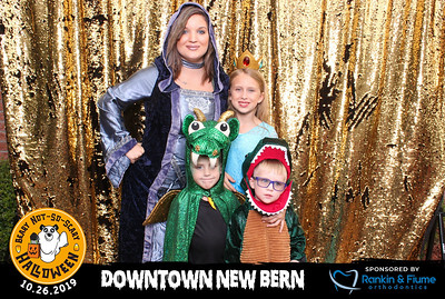 Beary-Not-So-Scary Halloween in Downtown New Bern
