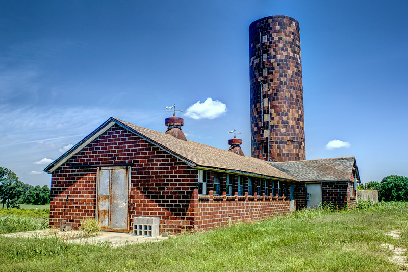 James Dairy Barn - Geyer Springs, AR