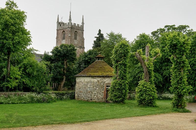 St James' Church and Dovecote at Avebury Manor