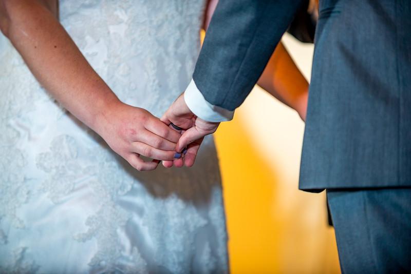 Bethany_Josh_Holmes_Wedding-0265.jpg