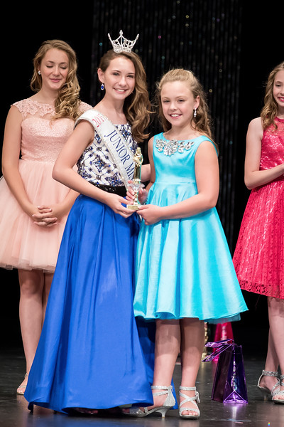 Miss_Iowa_Youth_2016_125531.jpg