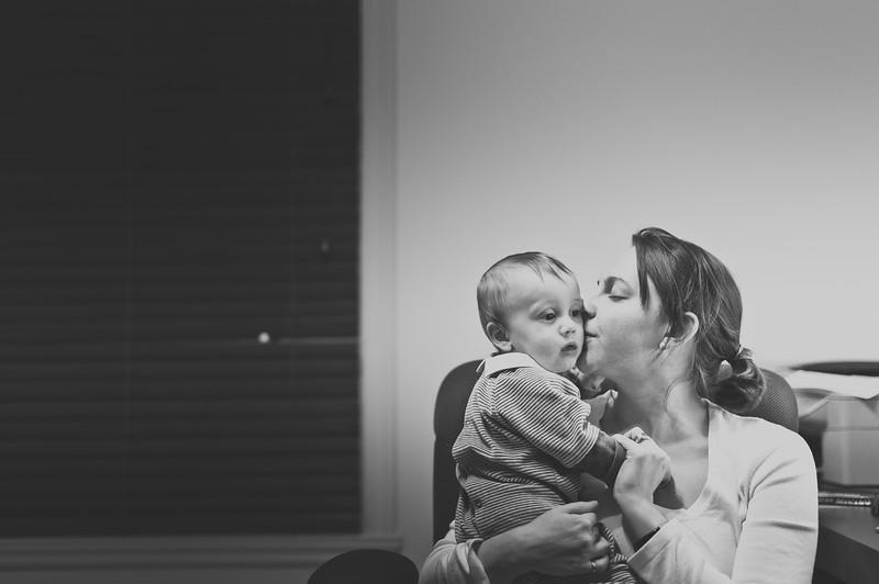 I love mommy-1.jpg