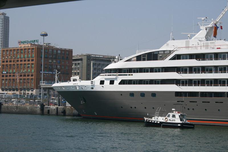 2011 - M/S L'AUSTRAL in Napoli.