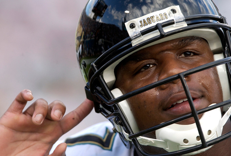 . Byron Leftwich, Marshall Selected seventh overall by the Jaguars in 2003 Leftwich led the Jaguars to a 12-4 record and a playoff berth in 2005, his third season. Early in 2006, though, Leftwich was injured, opening the door for David Garrard to step into the starting role. The Jaguars cut Leftwich prior to the 2007 season, opting to stick with Garrard, and the former first-round pick has bounced around the league as a backup since. GRADE: C-. When you take a quarterback in the top 10, you hope he�ll stick around more than 3 ½ seasons. (AP Photo Stephen Morton, File)