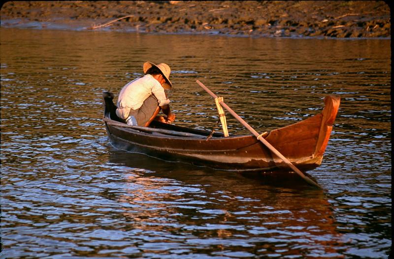Myanmar1_068.jpg