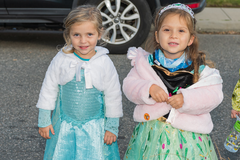 20201031-Jaqui and Colette Halloween 2020850_5941.jpg