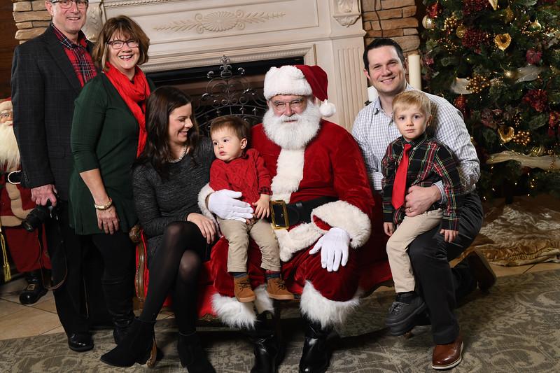 Santa2018.TylerBoye.-51.jpg
