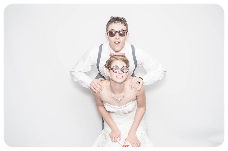 Laura+Ross-Wedding-Photobooth-198.jpg