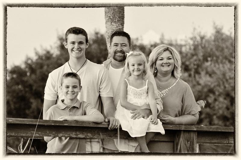 Angie Birch Naples Beach Family Photo Shoot 473.JPG