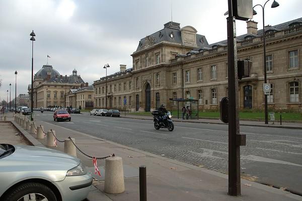2004-12-27 Ecole MIlitaire + Tour Eiffel